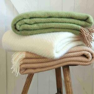 wool-throws-blankets