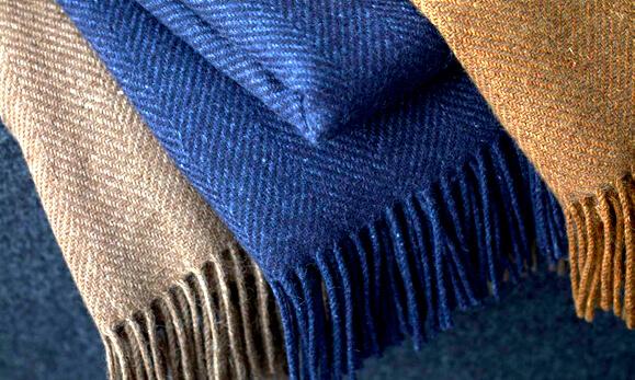 cashmere-trhrows