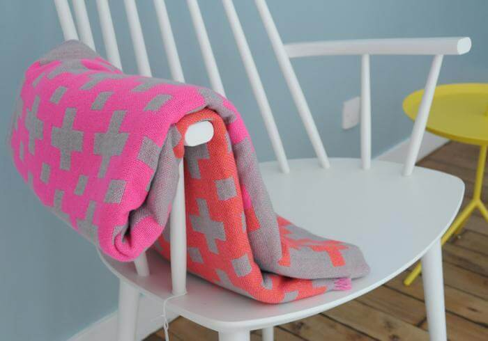 wool-throws-chair1