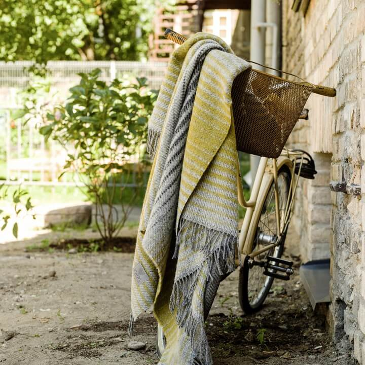 grey-gold-100-wool-throw-alberto